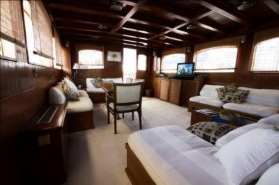 Salon, Luxury Motor Sailer for Charter in Greece and Mediterranean