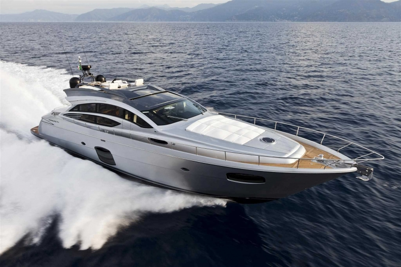 M/Y T2 Pershing 72 Open