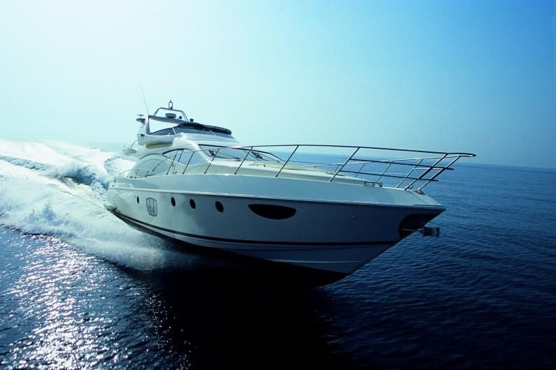 M/Y Azimut 68 Fly Evolution, yr 2008