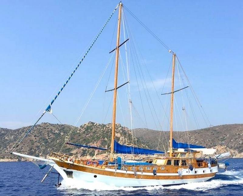 Traditional Motor Sailer (Ketch) 88 Feet