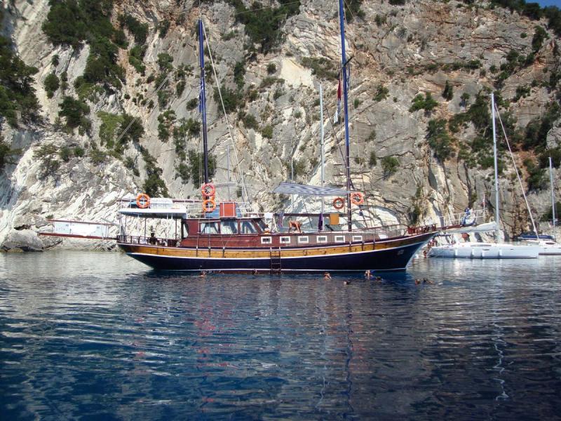 Traditional Motor Sailer (Gulet) 65 Feet