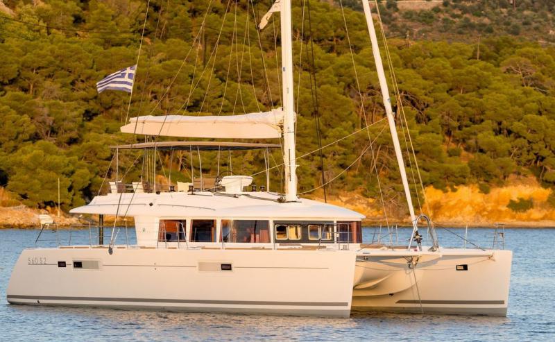 S/Y Lagoon 560 Fly, Luxury Crewed Catamaran
