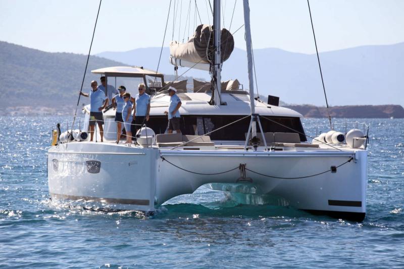 S/Y Fountaine Pajot 49 Fly, Luxury Crewed Catamaran