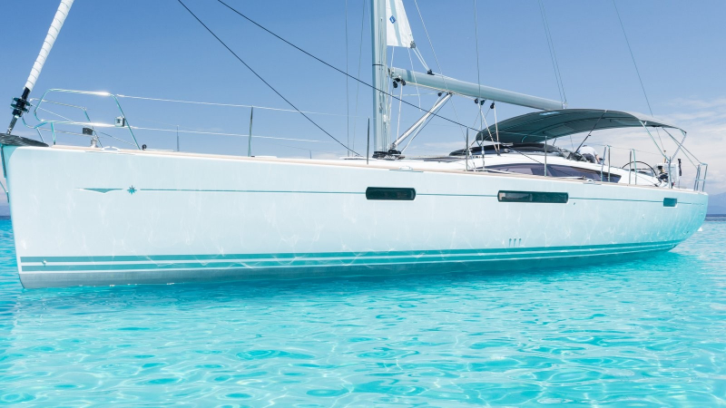 Luxury Crewed Sailing Yacht, Jeanneau 57