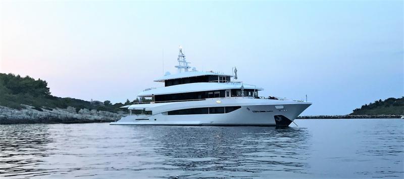 Mega Yacht Golden Yachts 149 Feet