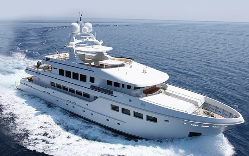 Mega Yacht Dereli 129 Feet