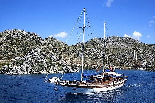 Luxury Motor Sailer (Gulet) 68 Feet