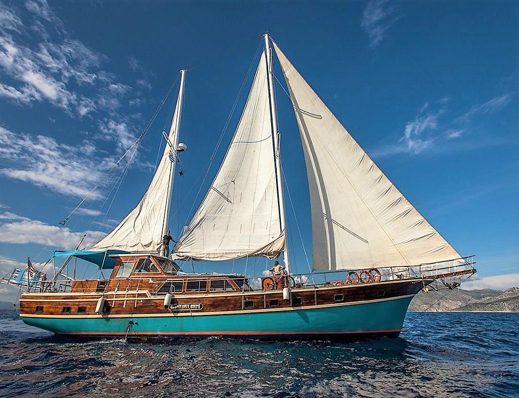 Luxury Traditional Motor Sailer (Gulet) 79 Feet
