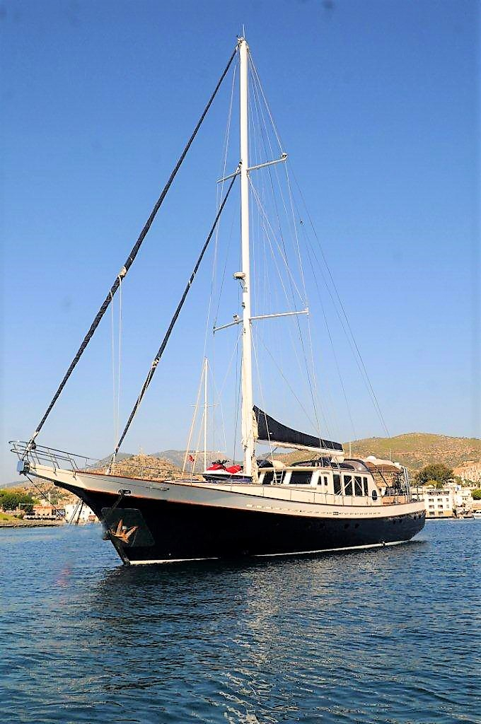 Luxury Traditional Motor Sailer (Gulet) 100 Feet