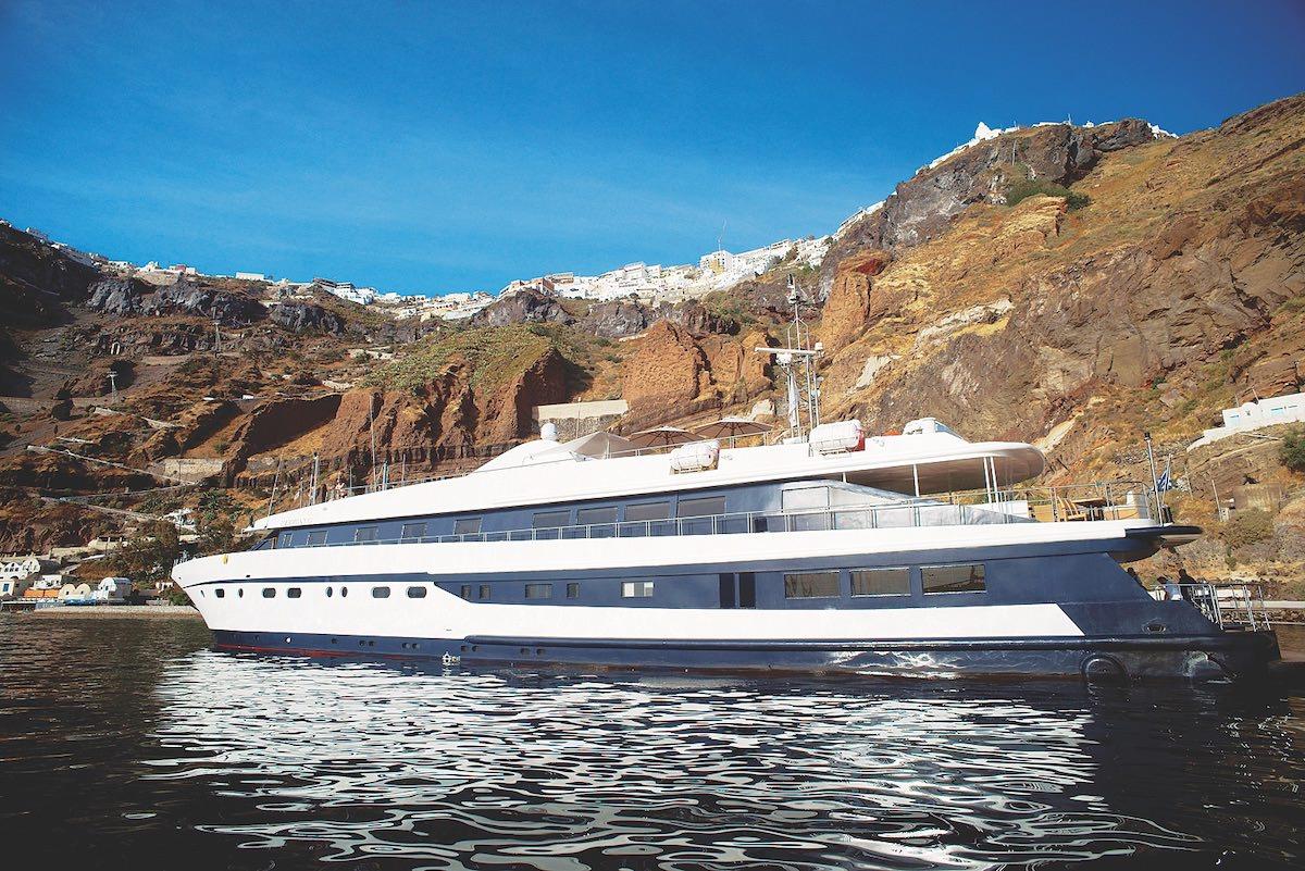 Mega Yacht - Cruise Ship 175 Feet