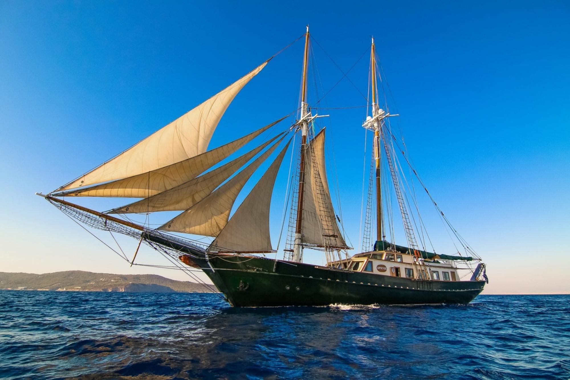 Luxury Motor Sailer (Schooner) 114 Feet