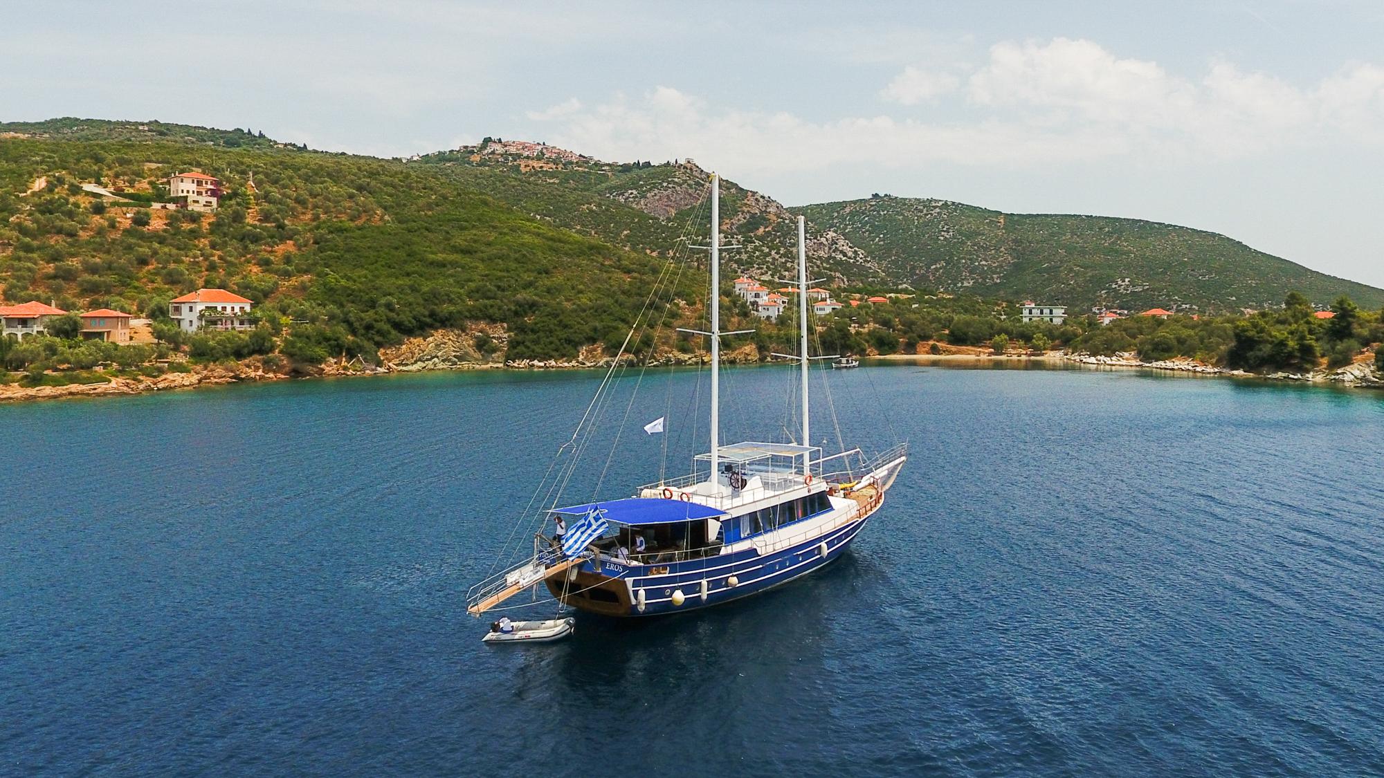 Luxury Traditional Motor Sailer (Gulet) 108 Feet