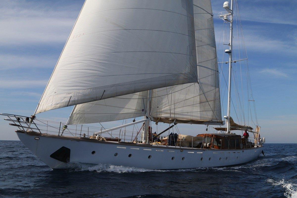 Luxury Crewed Sailing Yacht, D.A.D. Monroe Ltd 84